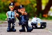 cop-1016241_1920